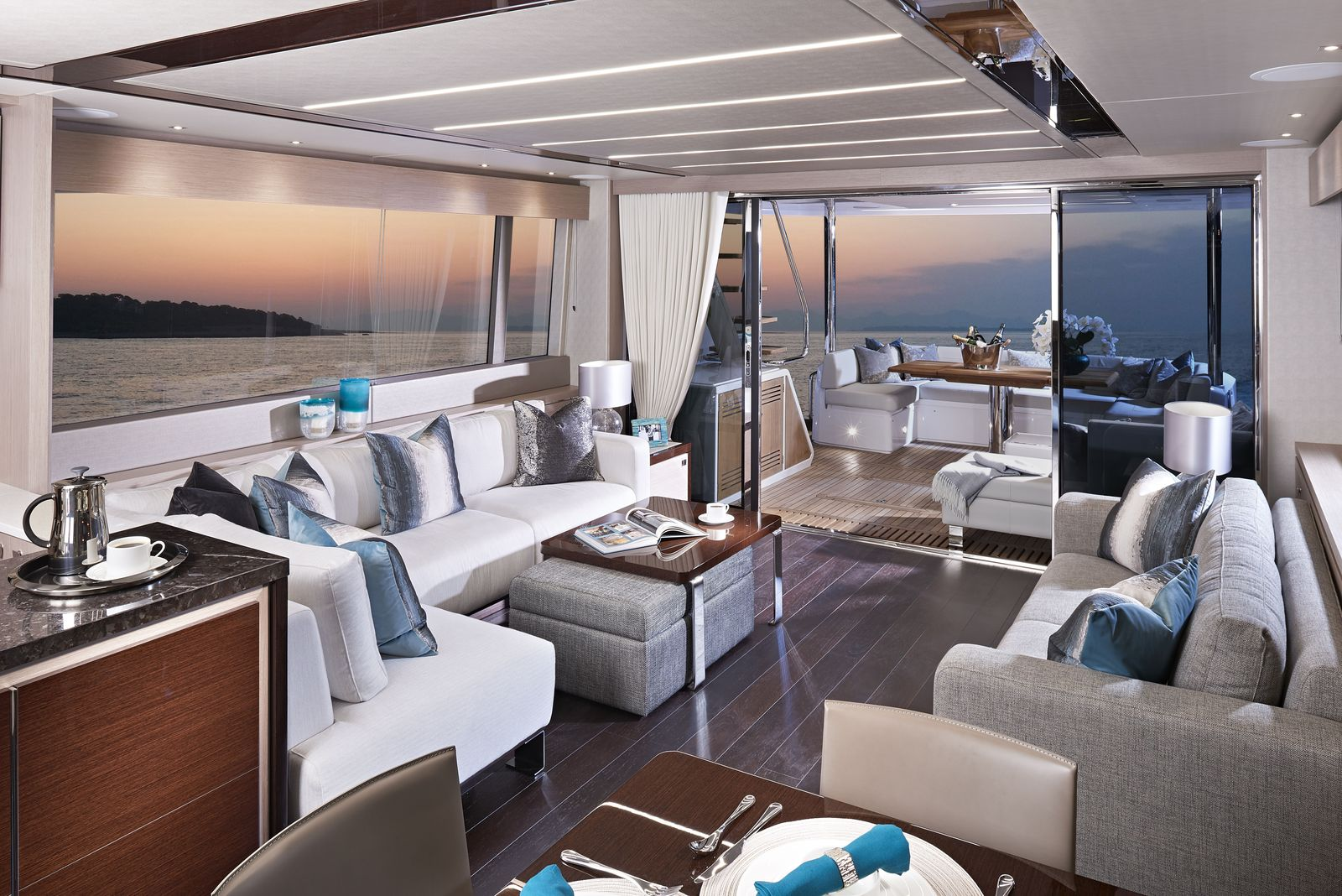 Sunseeker 76 Yacht (208)   Интерьер 4