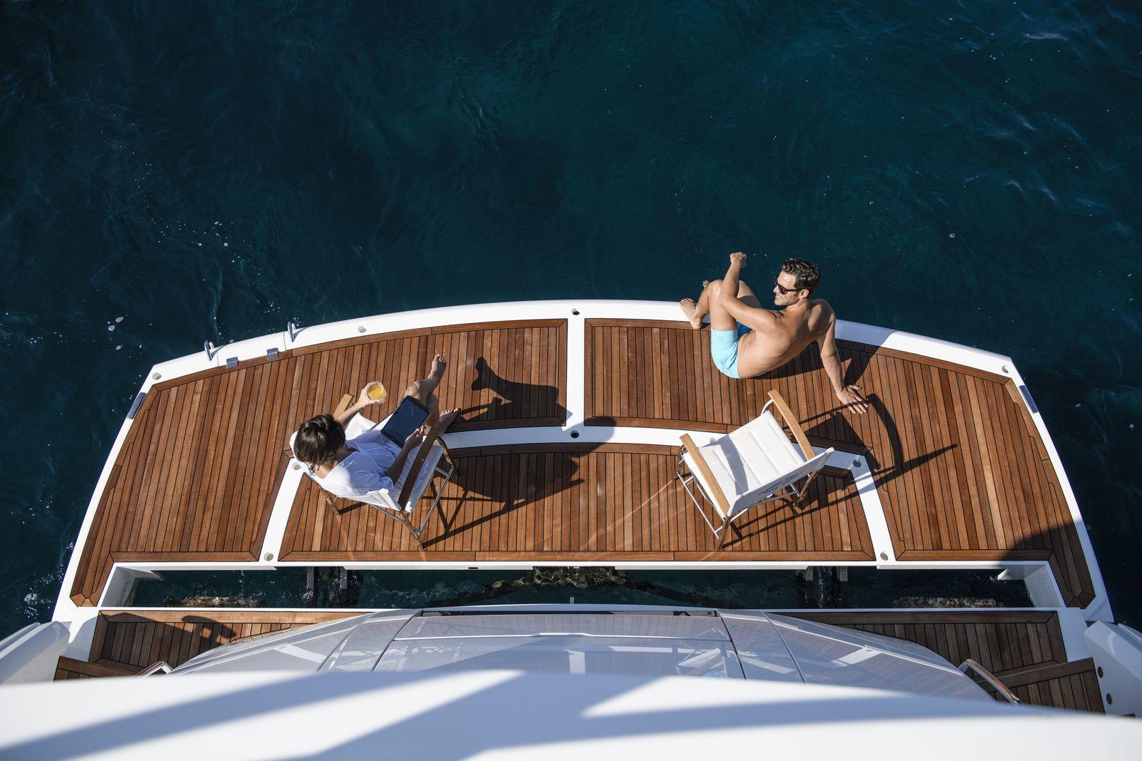 Sunseeker 76 Yacht (208)   Экстрьер 3
